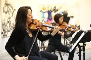 Min-Young Kim and Karen Kim of Daedalus Quartet